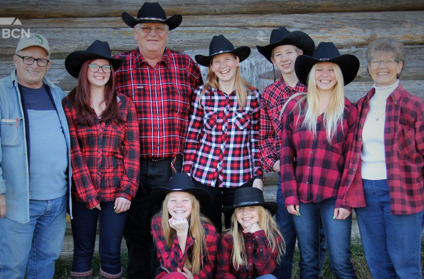 Farmers in Flannel contest still accepting submissions