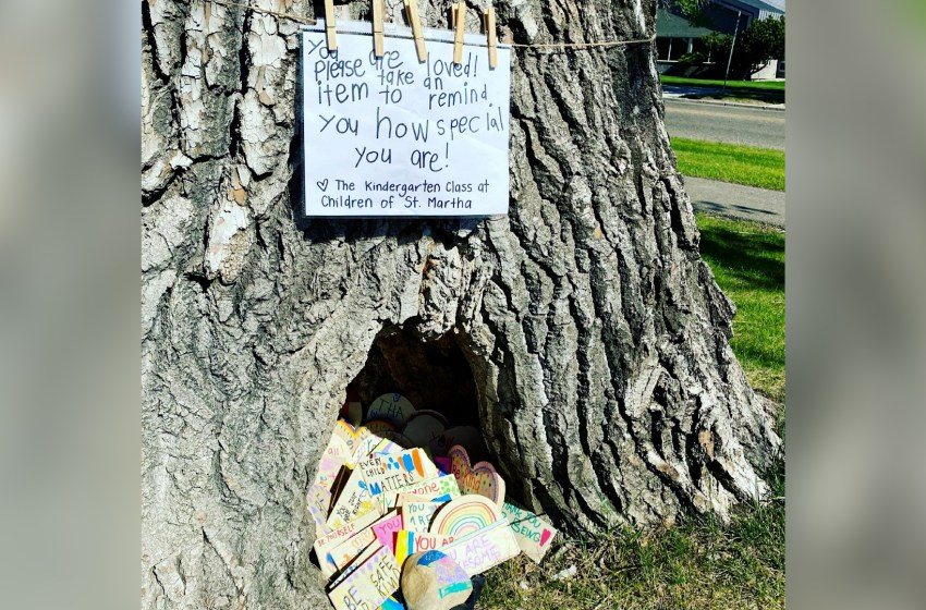Hollowed out tree brings joy to community