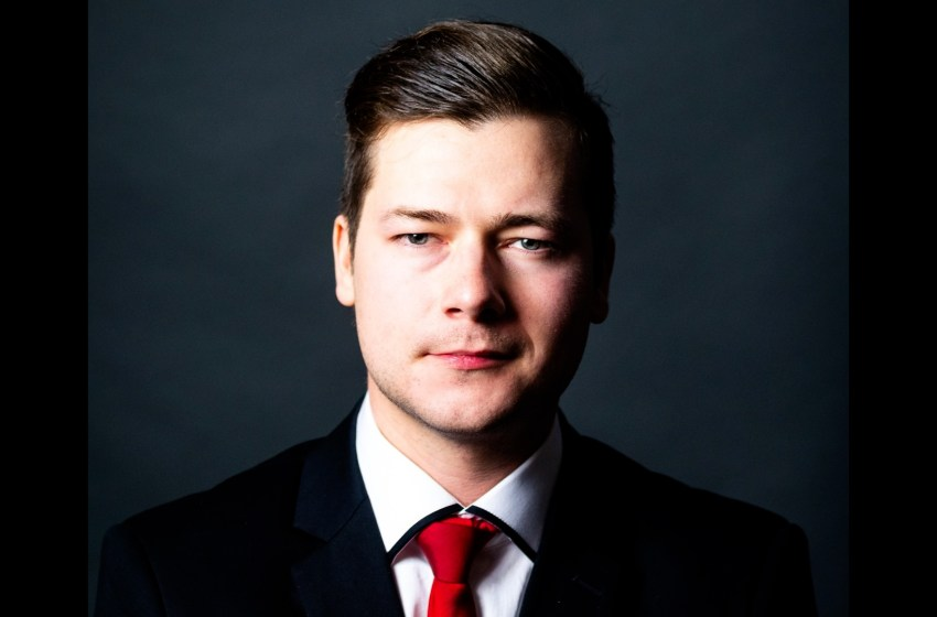 Devon Hargreaves announces he is running as Lethbridge Liberal candidate