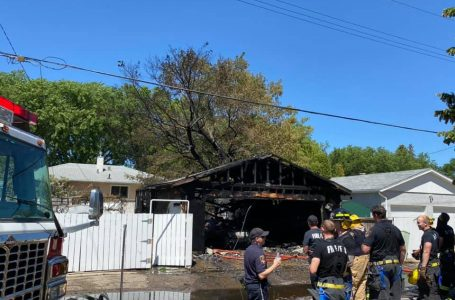 South Lethbridge fire destroys garage and vehicle on Monday
