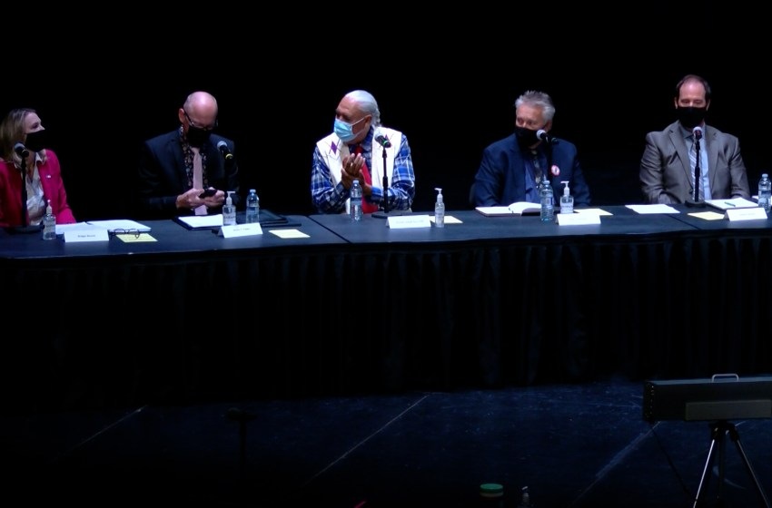 Mayoral candidates square off in Q and A forum