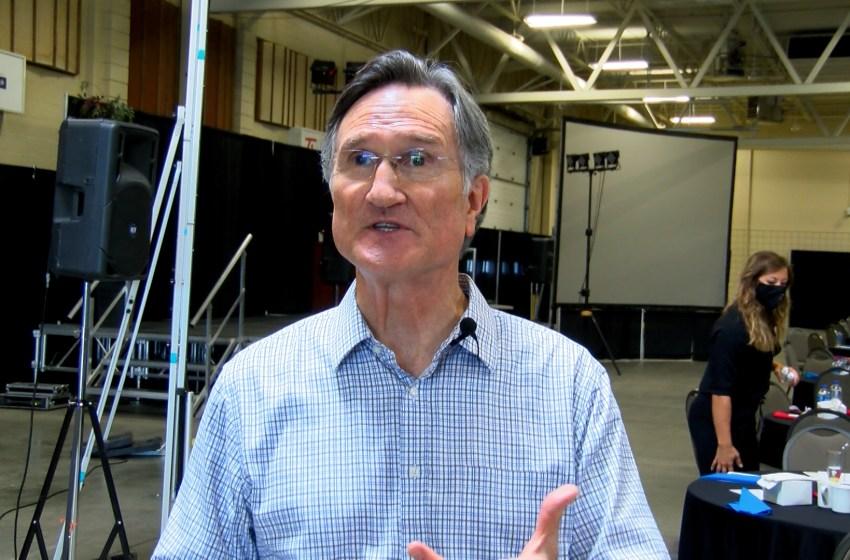 Former Disney training head speaks in Lethbridge