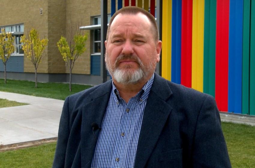 Dan Leis running for public school board trustee